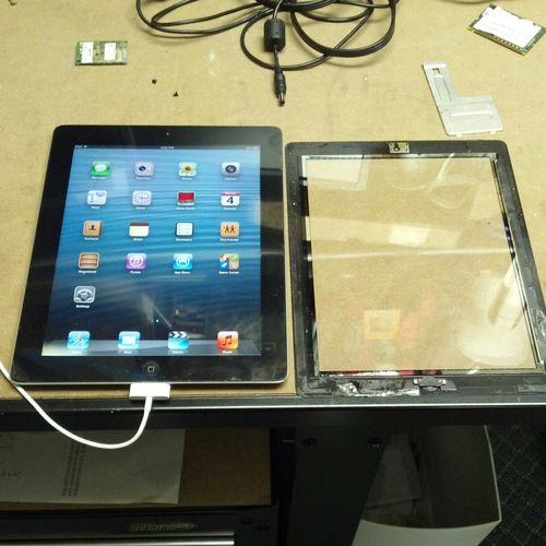 Replacing a broken iPad glass.