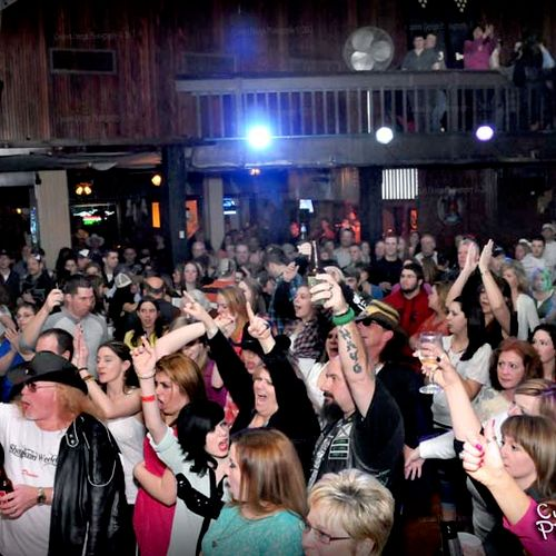 Large events are not a problem to capture... We're experienced enough to show-off your event capacity!