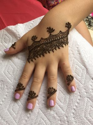 Avatar for Yashdaa Art/Henna By Tanvi Lincoln Park, NJ Thumbtack