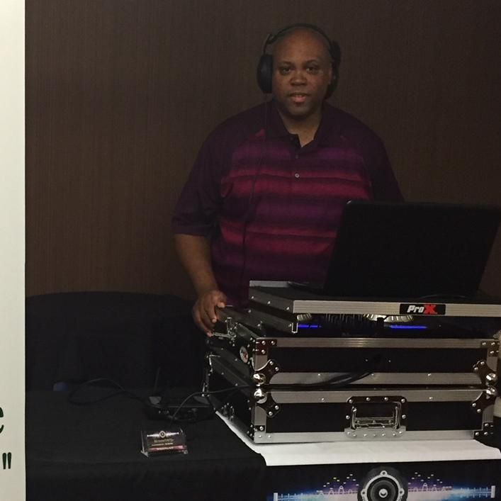 DJ Uncle Derryl  (Old School Party DJ)
