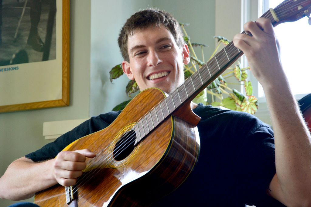 Ease of Play - Guitar Lessons