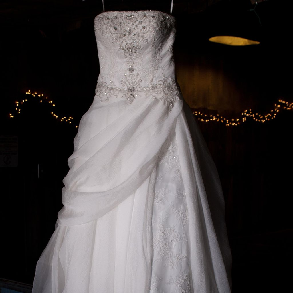 Touch Of Class Bridal & Alterations