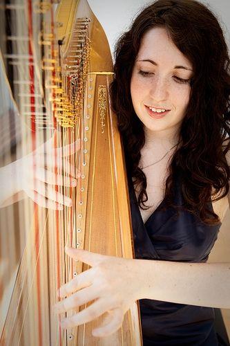 Santa Cruz Harpist