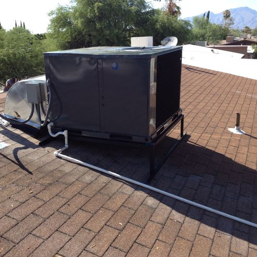 Air Conditioning Service/Repair.