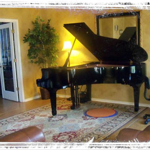 6 Ft. Grand Piano for advanced performance instruction