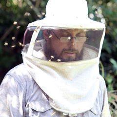 Avatar for Ed's Bee Wrangling and Honey Farms