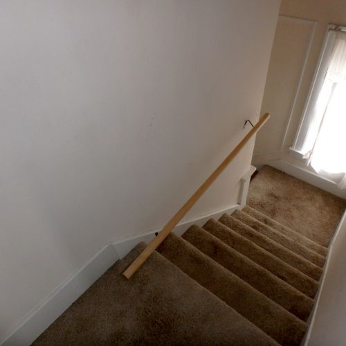 Handrail needs a lot of work