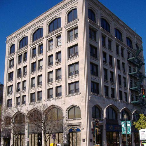 58 N. Chicago Street Building