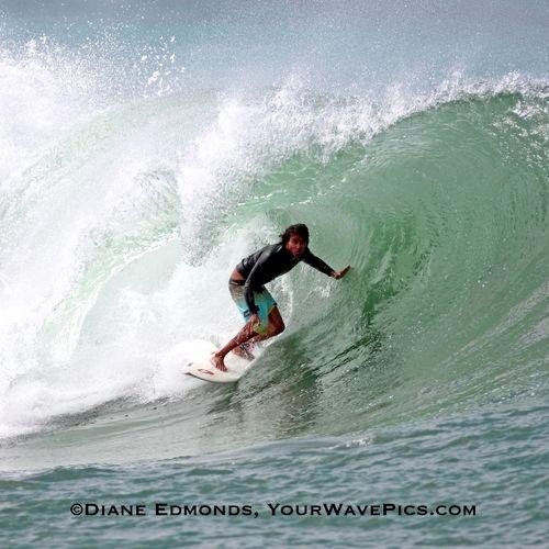 Ala Moana Bowls, Waikiki 6/27/09.