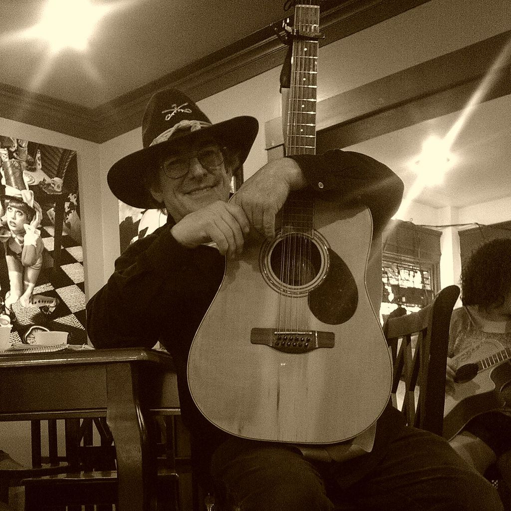 Darron The Guitar Guy