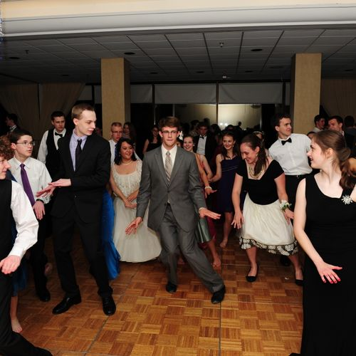 Teaching Thriller at a prom!