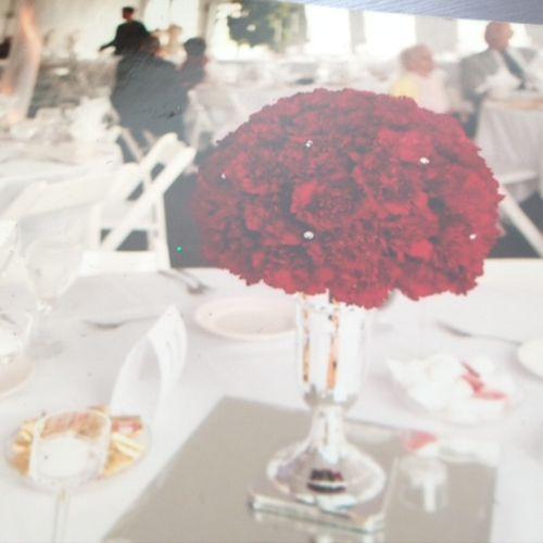 Rethink carnations!  Elegant, metro, chic!