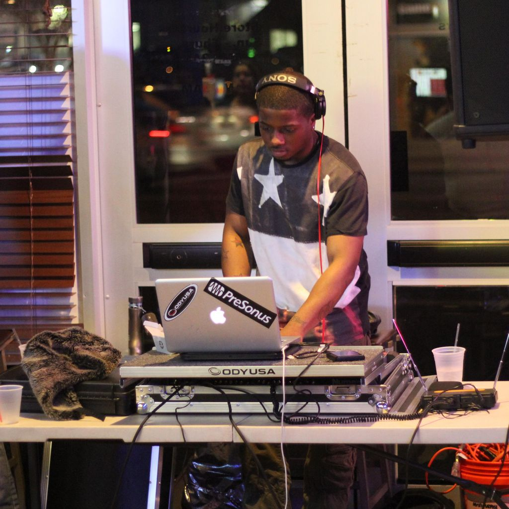 DJ 2.0