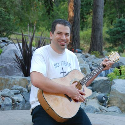 Avatar for Don't Give Up Guitar Lessons Newberg, OR Thumbtack