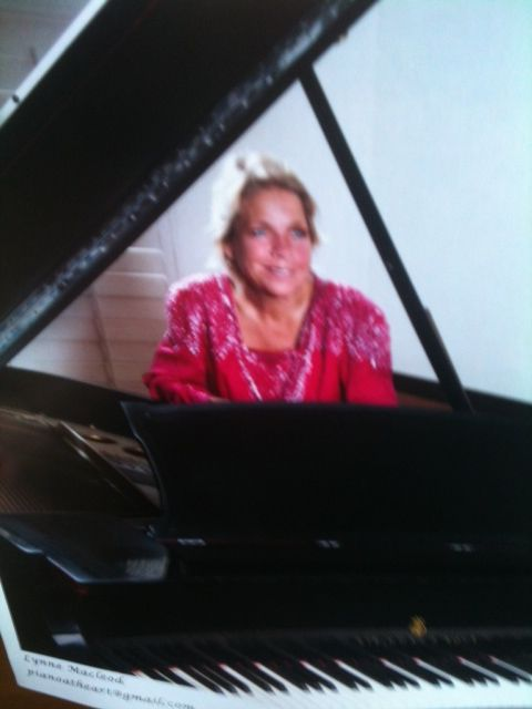 Piano Lessons with Lynne Macleod