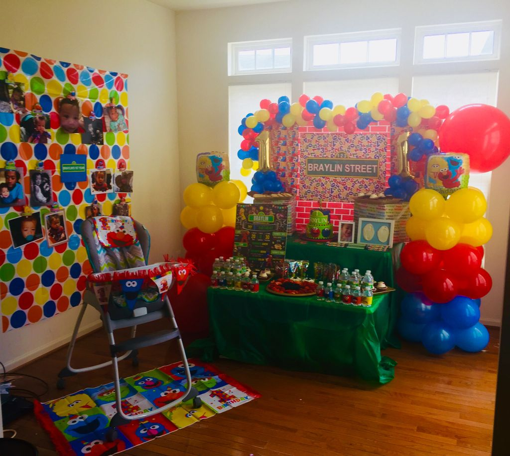 Sesame Street 1st Birthday Table and Focal Point