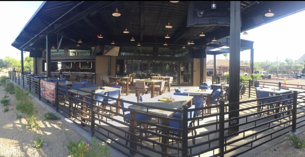Social Tap Dining Patio & Rooftop Deck -Scottsdale,AZ
