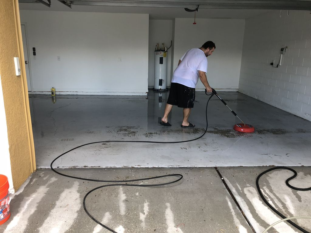 Garage floor epoxy installation