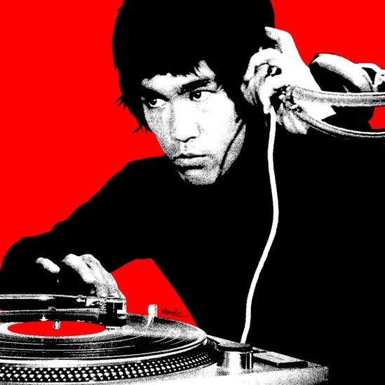 House, Dance, Lounge, Nu-Jazz  DJ JSmall