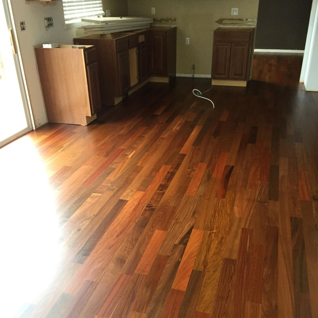 Locs Construction Hardwood
