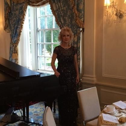 Piano Lessons by Janice