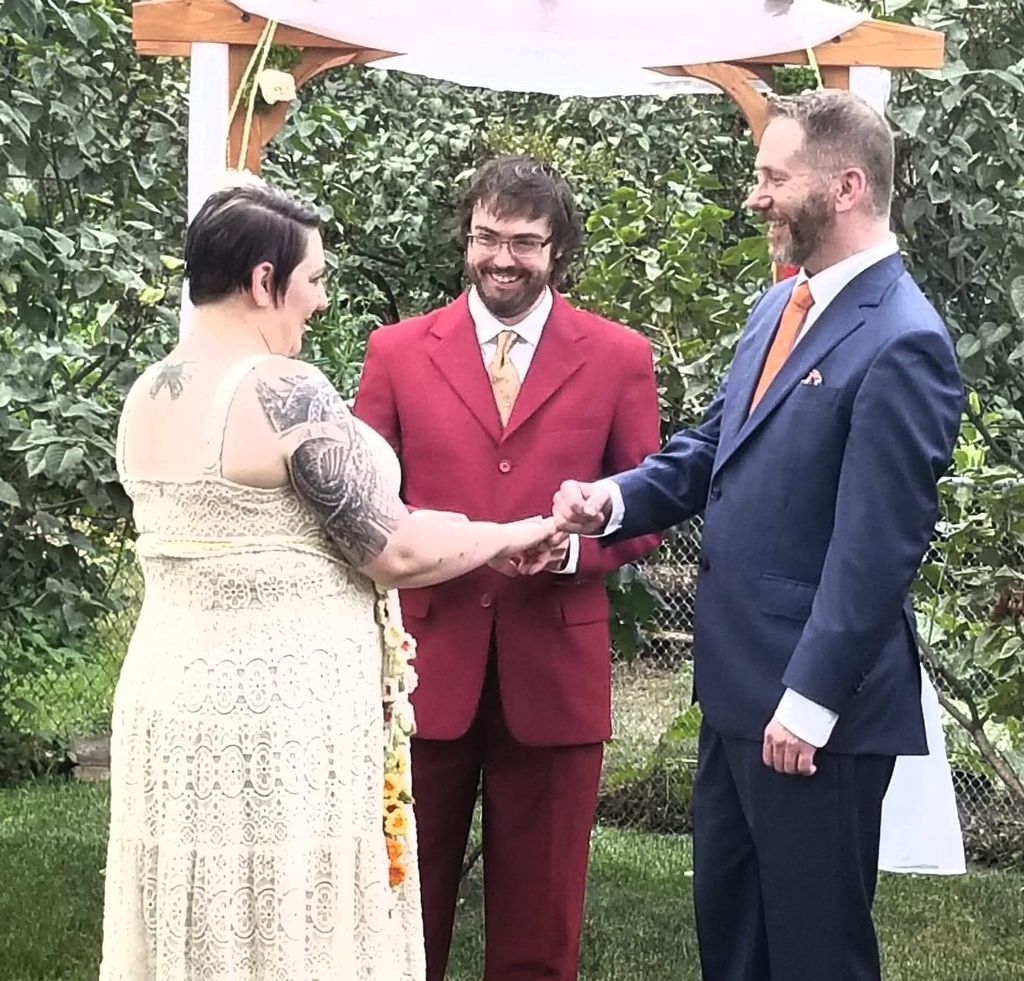Crazy Carl's Hot Used Wedding Officiants