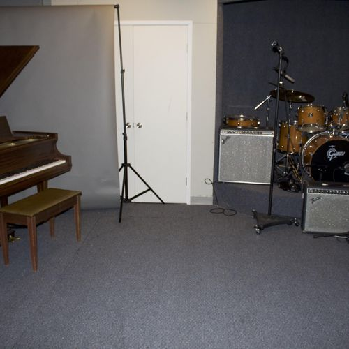 Main Tracking room Grand Piano, drums and amps
