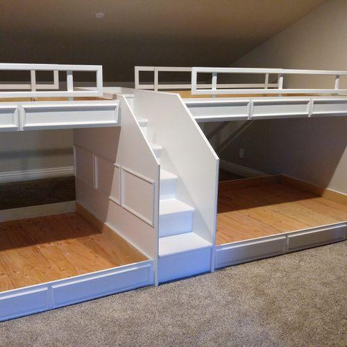custom bunkbeds in finish paint