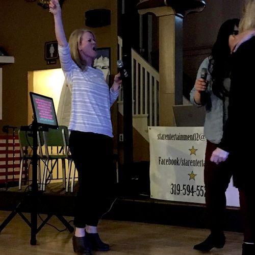 Karaoke night in Solon, IA