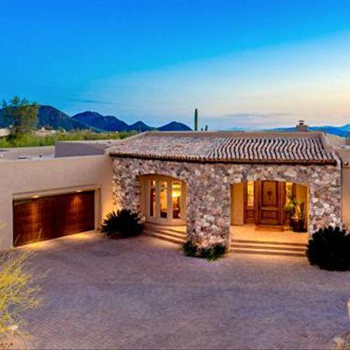 Luxury Adobe-style Home - Care Free, AZ