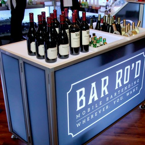 BAR RO'D's Mobile LED Bars are beauties. Mixologist and guest-friendly.
