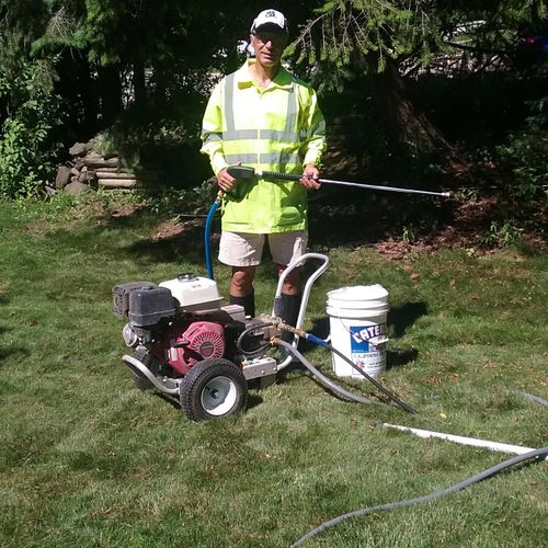 About to begin a pressure washing with my machine, which produces 3,500 PSI at 4 gallons per minute. The results have been great!