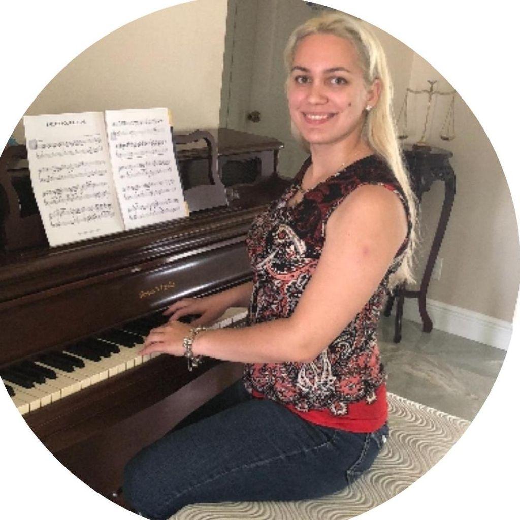 Maestoso Piano Studio