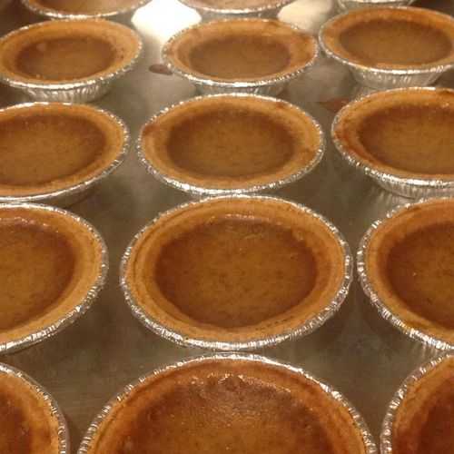 Individual Pumpkin Pies for a Holiday Crowd