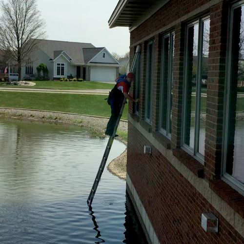 Exterior Window Cleaning- Bloomfield Hills