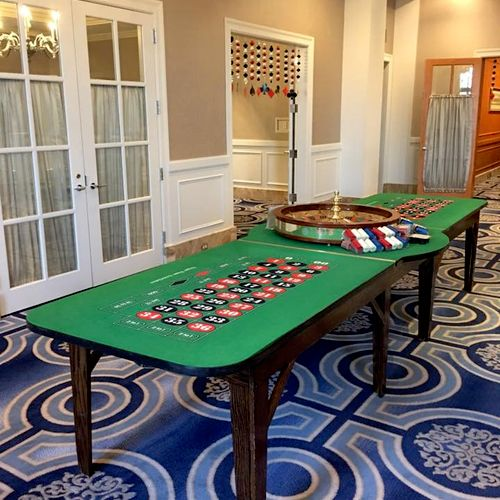 """Double End Casino Roulette Table with 32"""" wheel"""