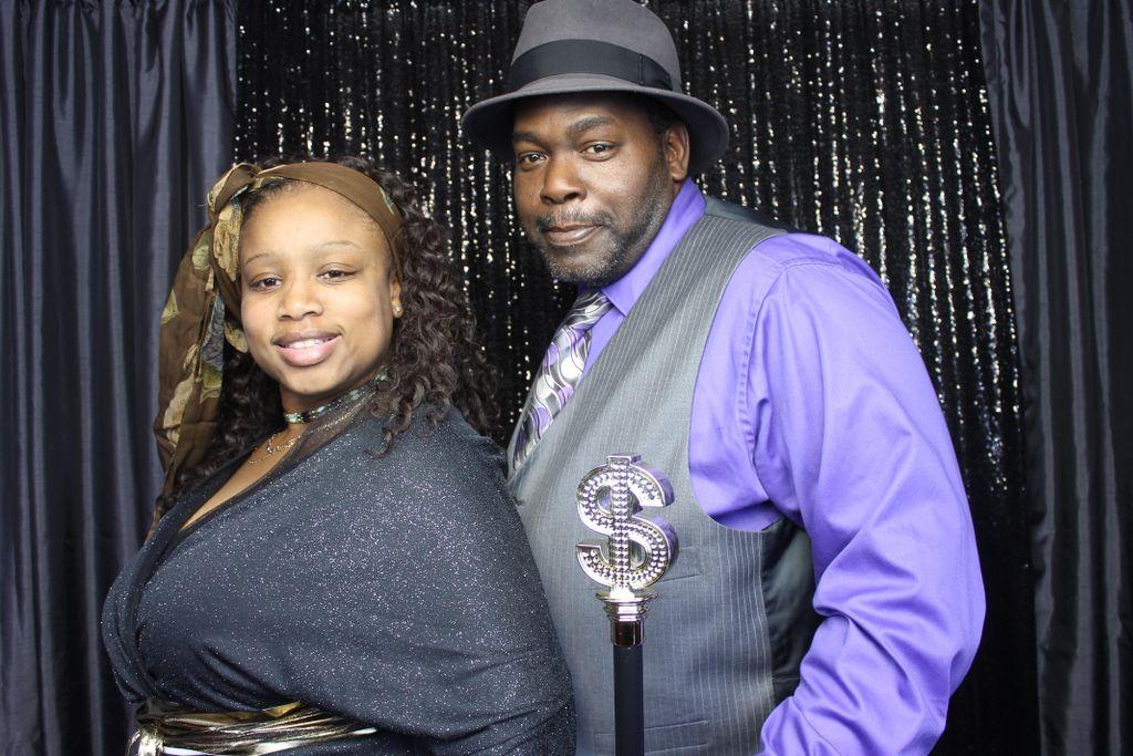 Floyds DJ Services, LLC
