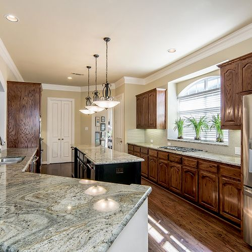 Kitchen remodel or update, we can help.
