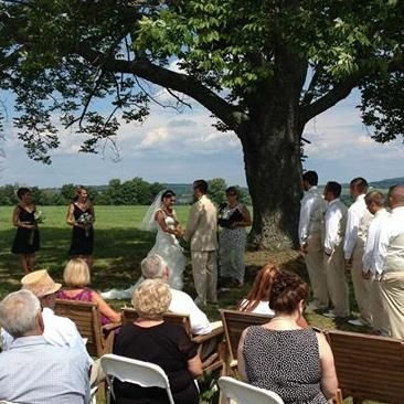 Avatar for Robin Slocum, Wedding Officiant