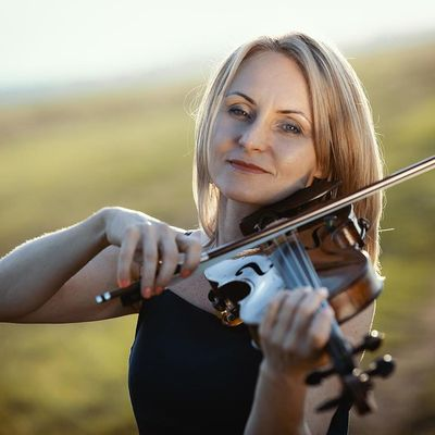 Avatar for Violin lessons, Theory -  Music Mind Games