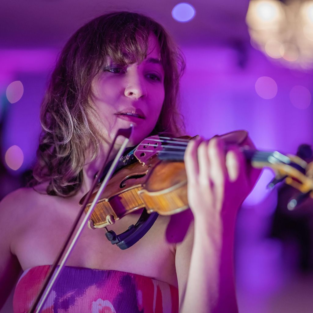 Violin Lessons or Events by a Juilliard Graduate