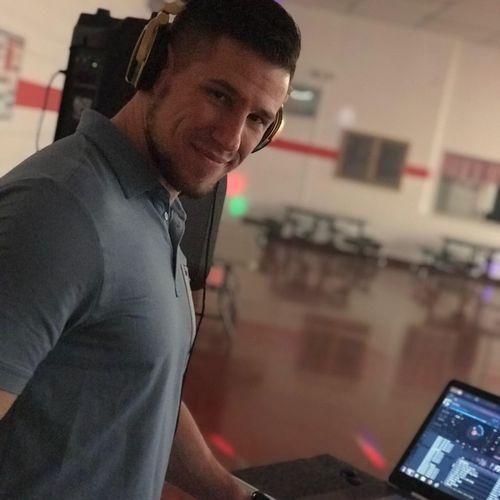 DJ Tomas