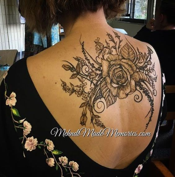 Henna Art, back piece