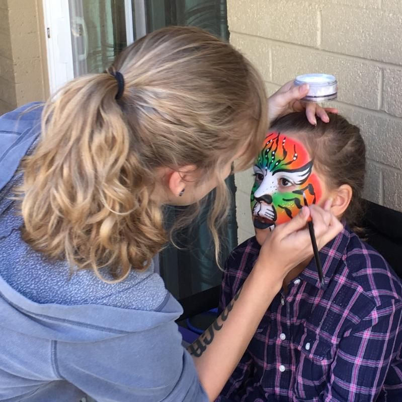 The Funny Face Painter
