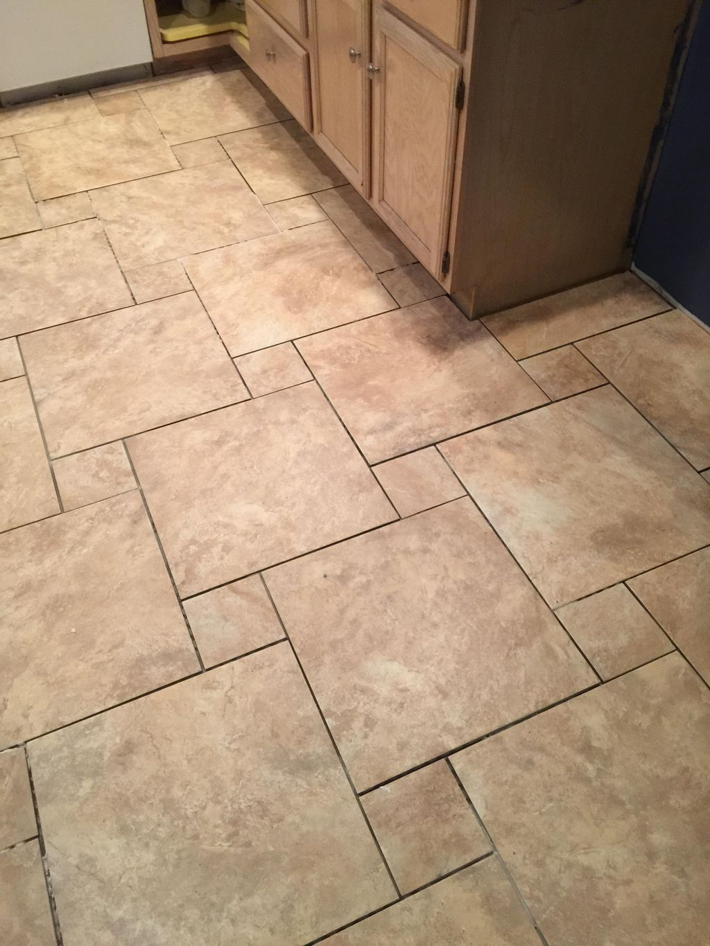 Roche Tile and Flooring