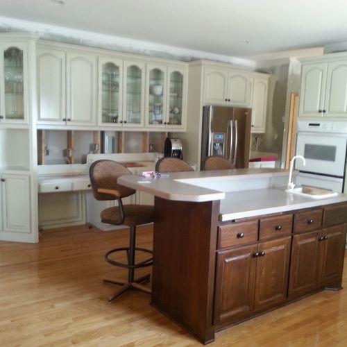 kitchen cabinet enamel was natural Oak