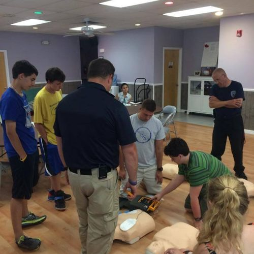CPR CLASS FOR LOCAL STUDENTS