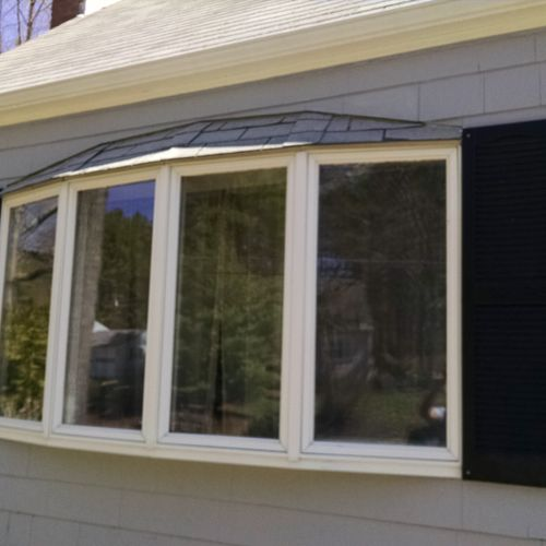 We install all types of windows. From double hung, to awnings, picture windows, casements and even bay windows.