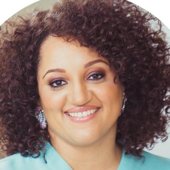 Monique Nicole Decor