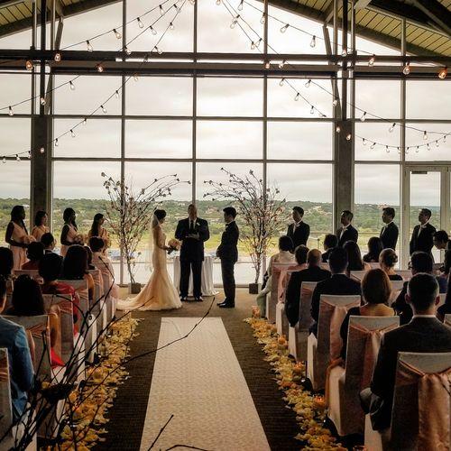 Ceremony at Lakeway Resort